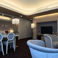 【SUITE ROOM STAY】リビング+寝室の58平米のお部屋で広々ステイ 素泊り3名様専用