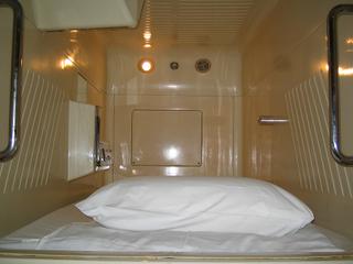 男性専用カプセルベッド