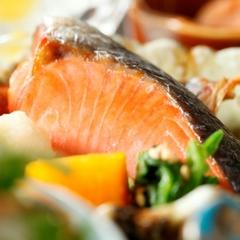 【1泊朝食】お仕事後でも間に合う選べる和洋食