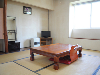 2階 和室8畳