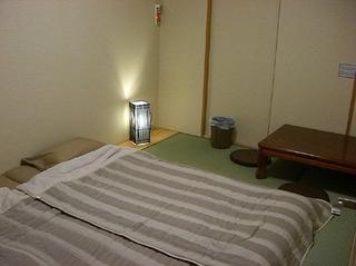 【禁煙】格安6畳和室ツイン!ネット無料、バス・トイレ共用!