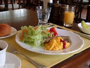 春から夏の 1泊2食付きスタンダード 【選べる夕食メイン料理プラン】あなたはお肉派?お魚派?