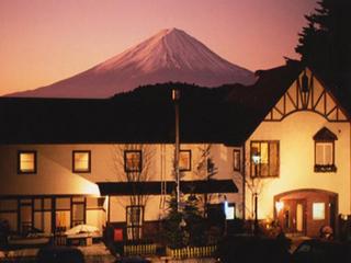 富士急ハイランドやオルゴールの森で、夜までゆっくり遊べる1泊朝食付きプラン★