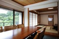 【池の棟】庭園側・角部屋客室(和室12畳+洋間)