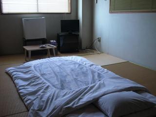 和室8〜10畳【1〜3名(バス・トイレ共同)】