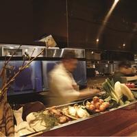 GoTo35%割引なら超お得!夕食は人気の炙り炉端『山尾』博多名物Bコース+ホテルの和洋朝食付!