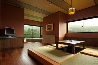 月見台付き角部屋(月見台+堀コタツ+源泉檜風呂)