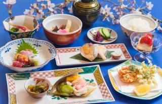 一泊二食付きプラン 九谷焼きの器とともに 夕食6品デザート付きプラン4月