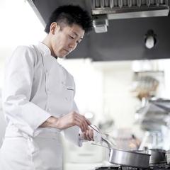 【早割り28】【ラグジュアリー】【1泊限定】北海道の食材を使い、フレンチをベースとした料理
