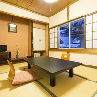 山側のお部屋:2F・和室6畳 ※バス・トイレ無・2〜3名様向