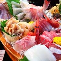 【舟盛りコース】季節の旬なキトキト海鮮をふんだんに使った<舟盛り>♪新鮮な海の幸を堪能〜