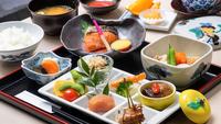 <朝食付>料亭仕込み「和食」orシェフ考案「洋食」を味わう贅沢な朝【のんびり11時OUT】