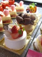 【Anniversary】和牛サーロイン&特注ホールケーキでワイワイ祝おう♪【誕生日☆記念日】