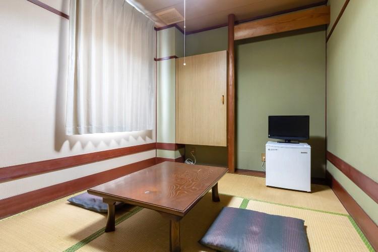 昭和感漂う和室