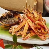 ☆【鰤蟹会席・焼き蟹付き】冬の味覚の紅ズワイ蟹をまるごと一杯&脂がのった旬の鰤を贅沢に♪