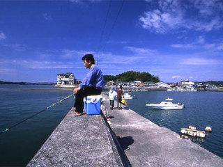 自分で釣った魚は旨いっ!夕食内容はパパの腕前次第?!家族でワイワイ釣り体験☆