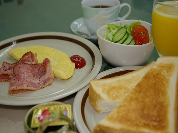 朝からしっかり食べて元気に頑張って!朝食付きプラン ☆更に500円Qカード付き☆