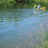 奥利根湖レイクツアーで自然体感〇カヌー半日体験付〇おすすめ会席