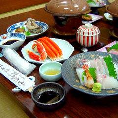 【夕食のみ】朝食はいらない&夕食は地魚会席で満腹♪<現金特価>
