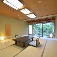 庭付き和室14畳(バス・トイレ付き)