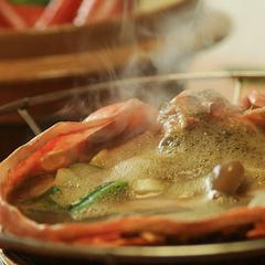 【冬の黒部のカニプラン】雪降る生地の冬のごちそう◆蟹甲羅焼&ゆで蟹&蟹鍋雑炊〜美味満載!かに会席