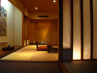 107号室露天風呂付き客室の牛すき焼きプラン