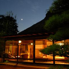 【離れ貴賓室 藁の家】日本建築の遺産 時空に迷い込む