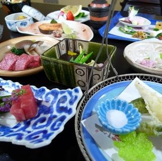 【女子旅】嬉しい4大特典付♪贅沢お部屋食&下呂温泉で美肌応援プラン