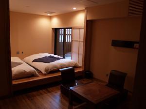 広いベランダのあるお部屋「柚」