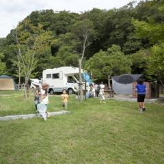 オートキャンプ場 キャンピングカーサイト