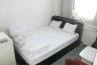 洋室セミダブル(2名利用)◆素泊り【おにぎりと玉子サービス】