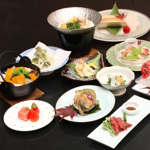 【名物ほうとうや馬刺しを食す】山梨の美味いが満載☆甲州味覚会席付プラン