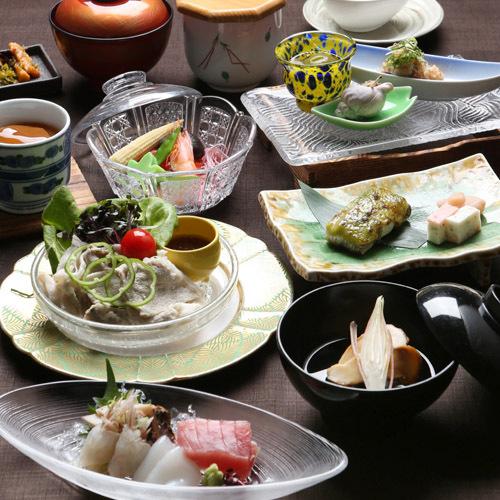 【夜もホテルの食事を満喫】和食会席またはフルコースの洋食☆2食付プラン