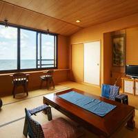 【特別室】日本海一望!本館 和室+ベッドルーム・展望風呂付