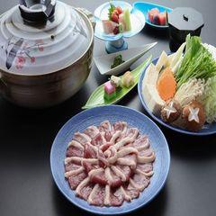 新鮮な野菜がさらにおいしく!!出しが決め手♪シメにうどんも合いますね♪かも鍋コース♪