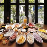 【朝食バイキング付】 豊洲直送の焼き魚や手作りソーセージがおすすめ♪東京駅まで1駅の好立地♪