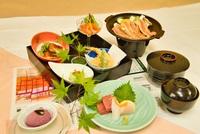 季節のお料理と温泉でごゆっくり♪夕朝食付プラン【ふくしまプライド。】