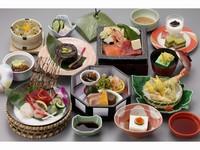 当館自慢の【創作会席】×津軽富士を望む【温泉】を堪能<2食付> 5月〜6月