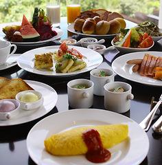 【Four Dining】選んで楽しむリゾートディナー