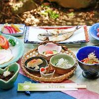 【1泊朝食】レイトチェックイン22時 ★ 彩り鮮やかな 和朝食 を堪能 ♪ [個室食]