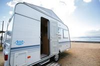 <GoToトラベルキャンペーン割引対象>海を眺めてキャンプ気分 『トレーラーハウス』に泊まる