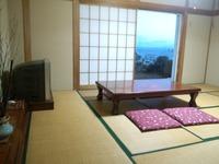 【102】1F和室 10畳間 部屋食OK 庭続き