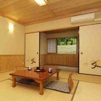 桐の間 12畳和室【トイレ・エアコン完備】