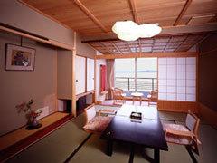「白鷺亭」和室10畳 海側 【禁煙ルーム】