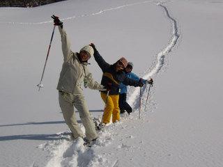 妙高高原の雪の森を歩いてみよう!スノーシュー体験宿泊プラン【体験】