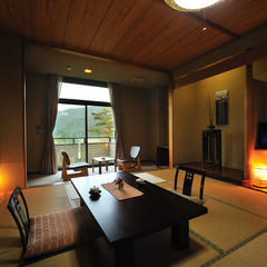 【別邸楓】和室/本間12.5畳+広縁付き