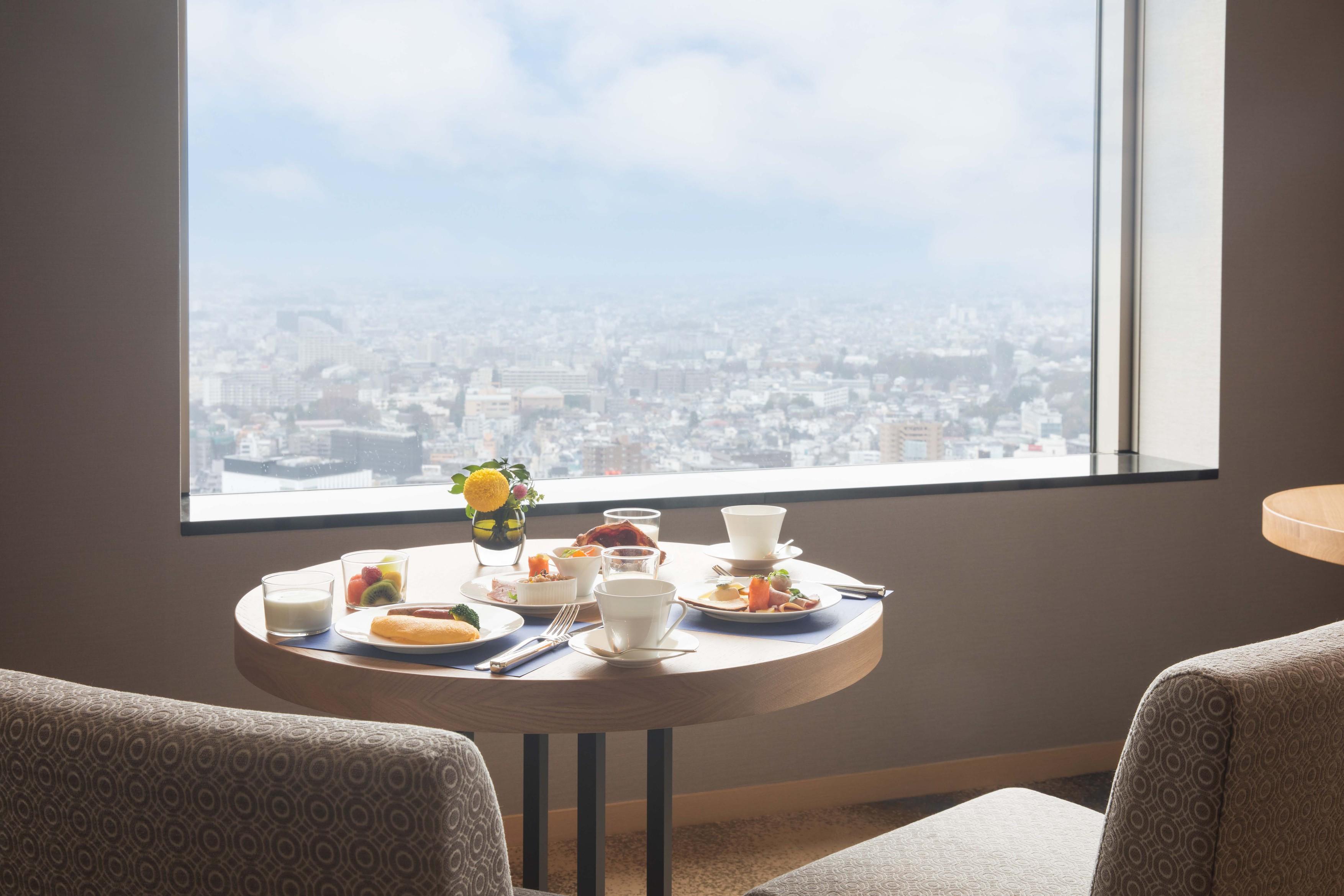 7日前までの予約でお得!エグゼクティブフロア(32〜37階) 専用ラウンジ朝食付