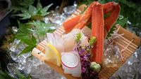 【食の神髄/美味絢爛会席<極上>】 一期一会の精神で創り上げる、当館随一の『美食の饗宴』。