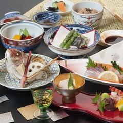 【記念日】ご家族の還暦・長寿などの祝いに●旬の会席祝膳をお部屋で水入らずで♪