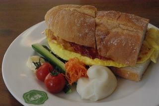 ニセコで大人気!グラウビュンデンの朝食付きプラン